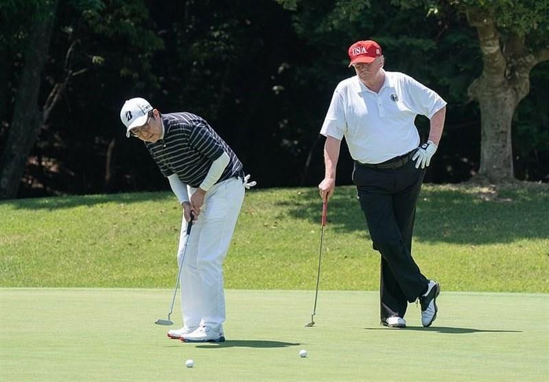 سلفی نخست وزیر ژاپن و ترامپ در زمین گلف
