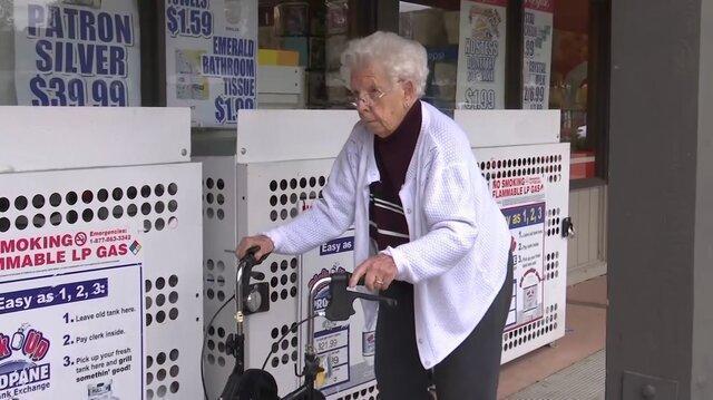 توصیه هایی به سالمندان در روزهای کرونایی